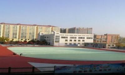 陕西榆林华栋中学